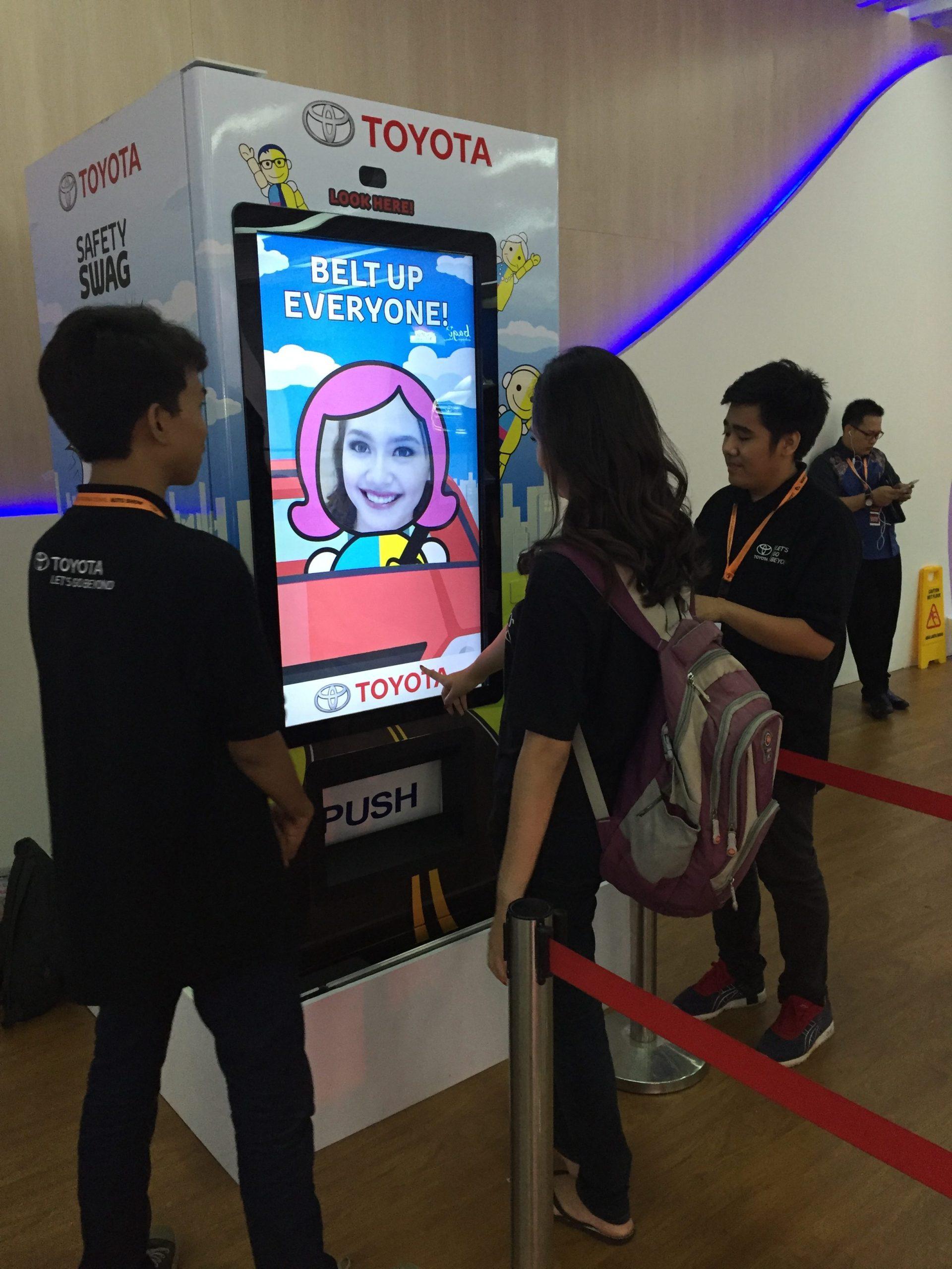 Toyota Vending Machine interativa