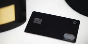 O que acontece se não pagar a fatura do cartão de crédito? (Imagem: Kaysha/Unsplash)